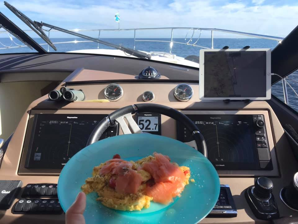SS1 - Sunday brunch at the helm