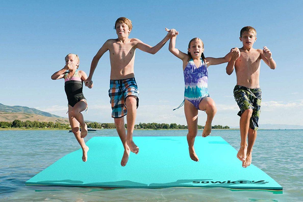 Floating Water Pad - Photo: www.amazon.com
