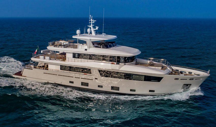 Winner Displacement Motor Yachts below 299GT - M/Y Mimi La Sardine Source: Boat International